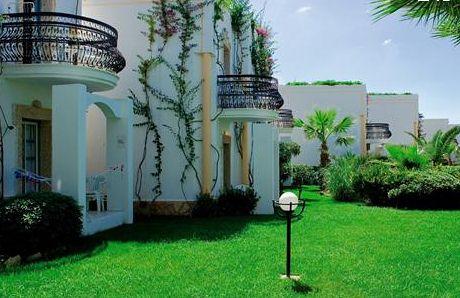 Siesta Beach Hotel